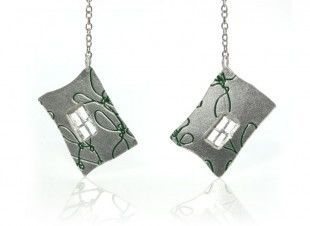 Silver-Green-Window-Earing1