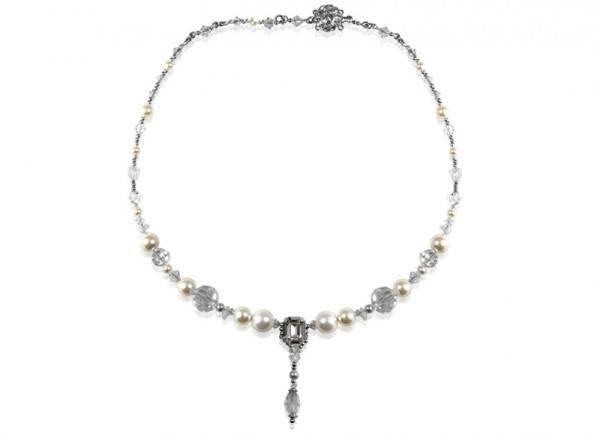 Luana-Necklace-3
